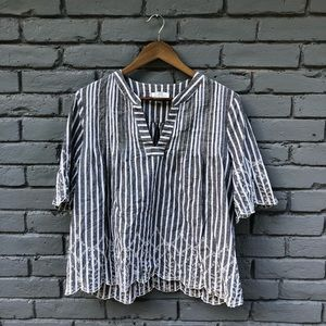 LB Gray Striped Scallop Trim Embroidered Blouse L